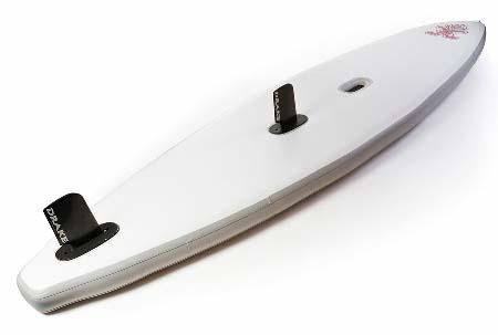 Starboard-inflatable-SUP-mit-Schwert