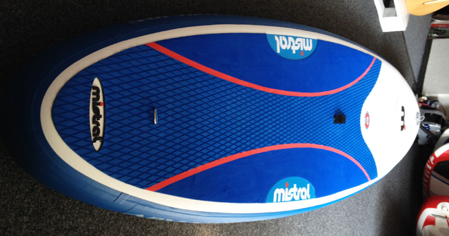 Mistral-i-cross-sup-board